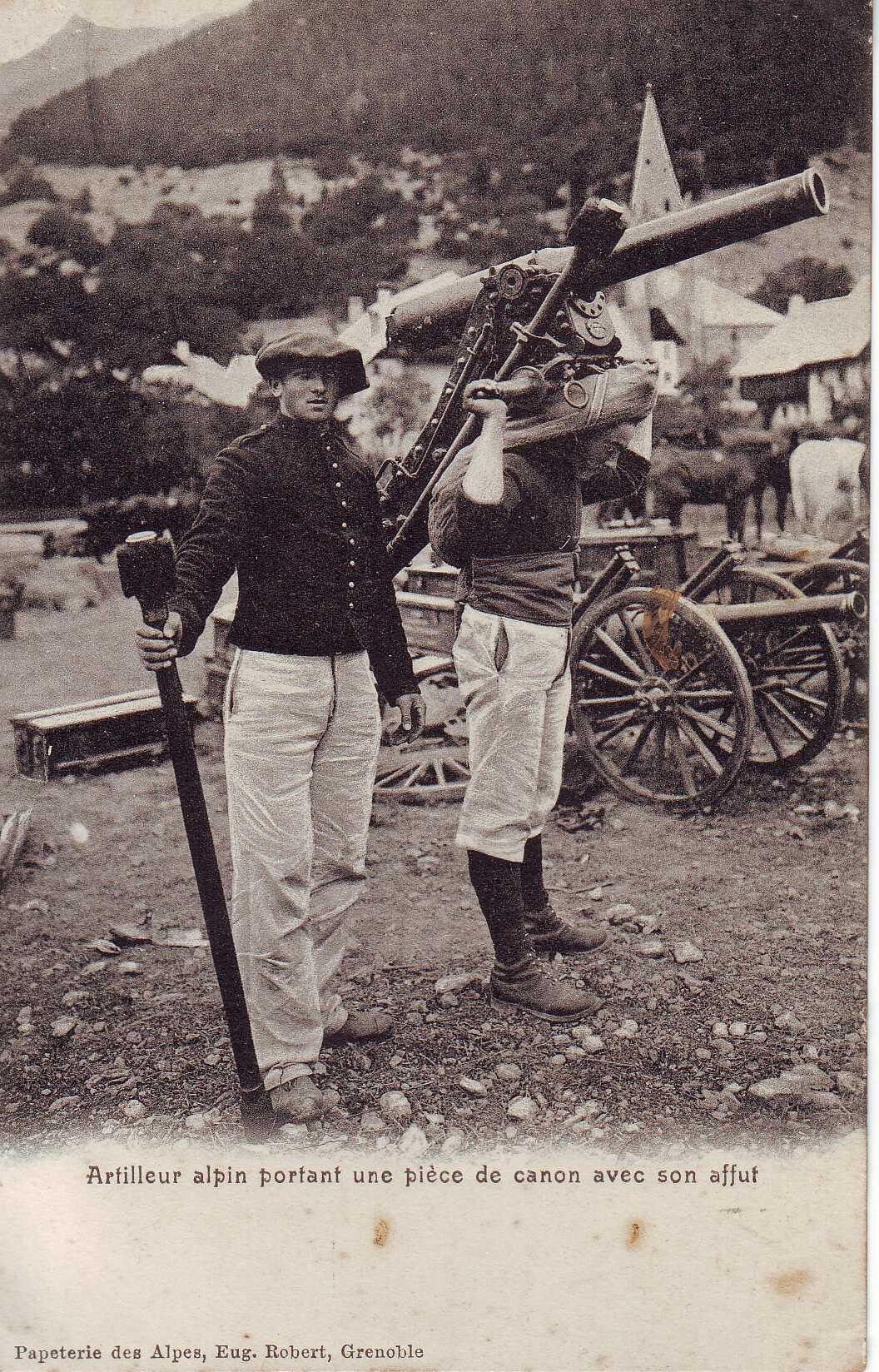 Artilleur-Alpin-Piece-De-Canon-Avec-Affut.jpg